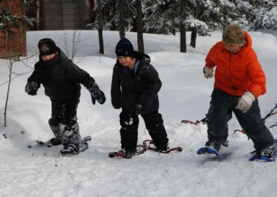 Boys snowshoe races.